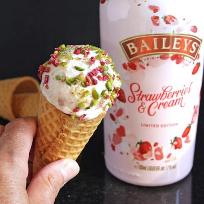 Simple Strawberry Baileys & Roasted Strawberry Ice Cream (no churn)
