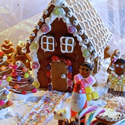 gluten-free-gingerbread-house