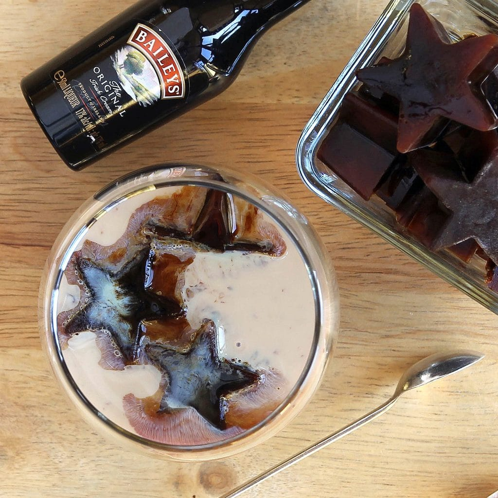 coffee-ice-cubes-baileys