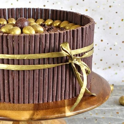 Golden Egg Cake : Who Says Gluten Free can't be decadently show-stopping?