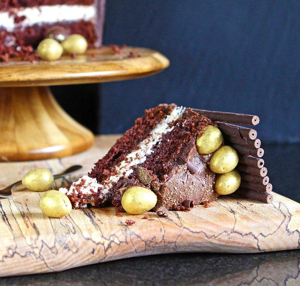 slice-golden-egg-cake