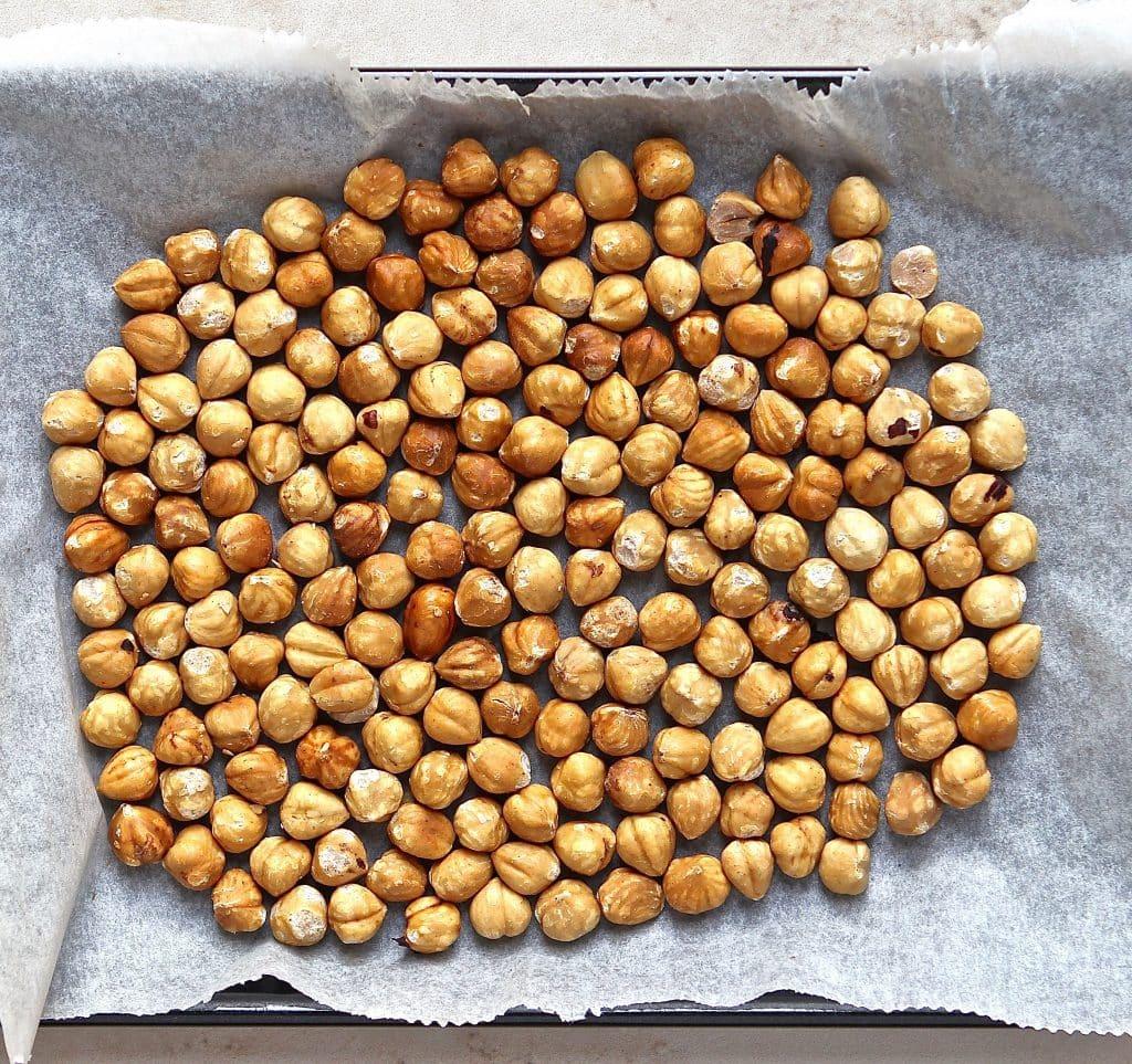 roasted-hazelnuts