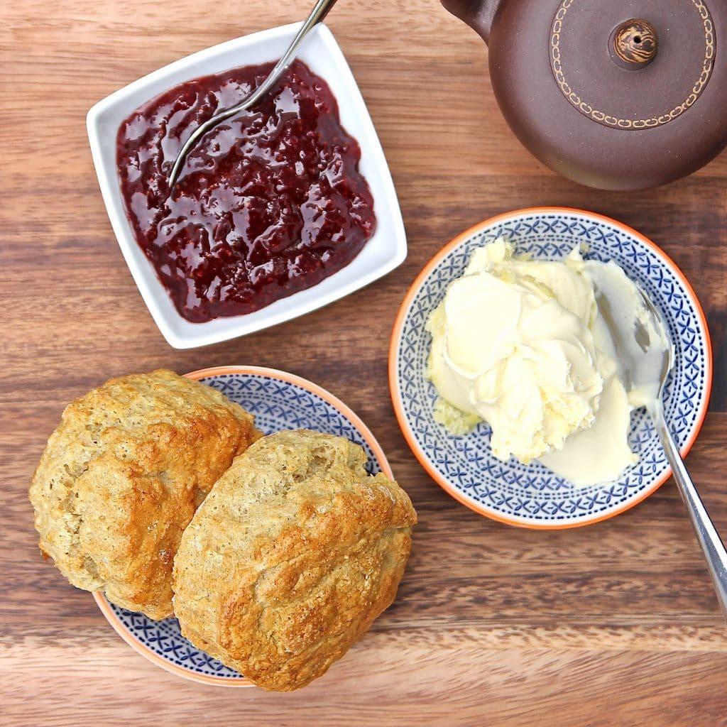 gluten-free-scones-jam-cream