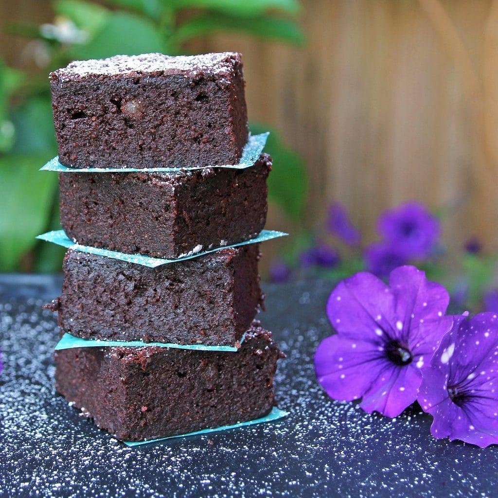 beetroot-brownie-stack
