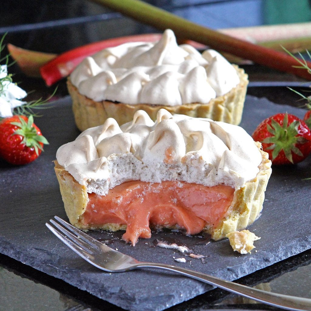 rhubarb-strawberry-meringue-pie