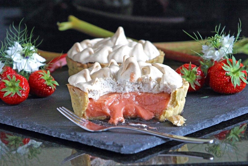 strawberry-rhubarb-meringue-pie