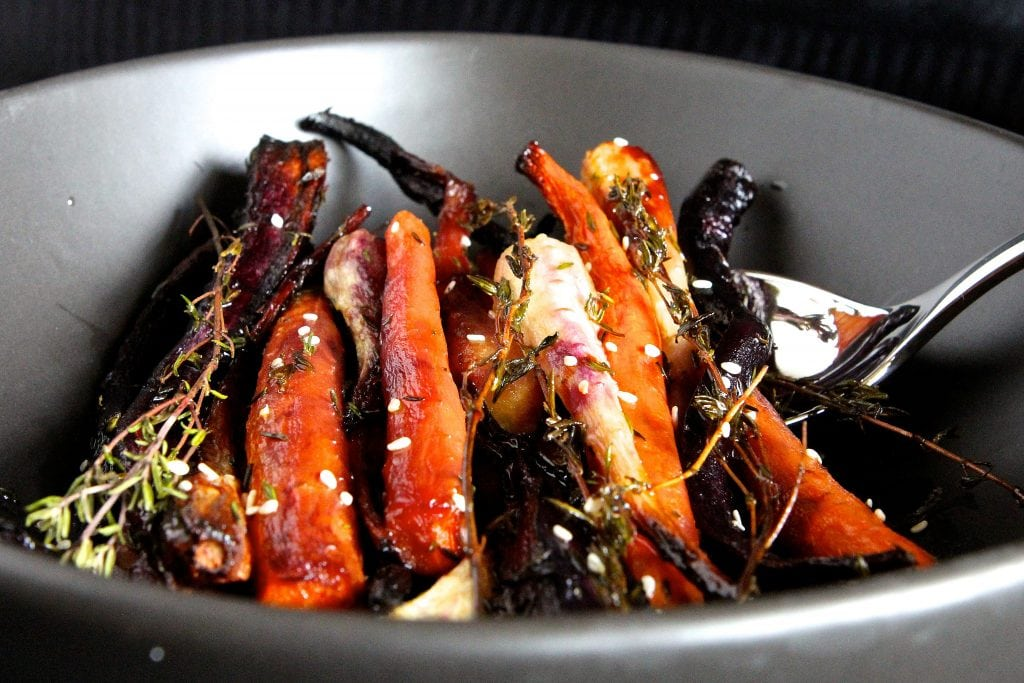 thyme-roasted-carrots
