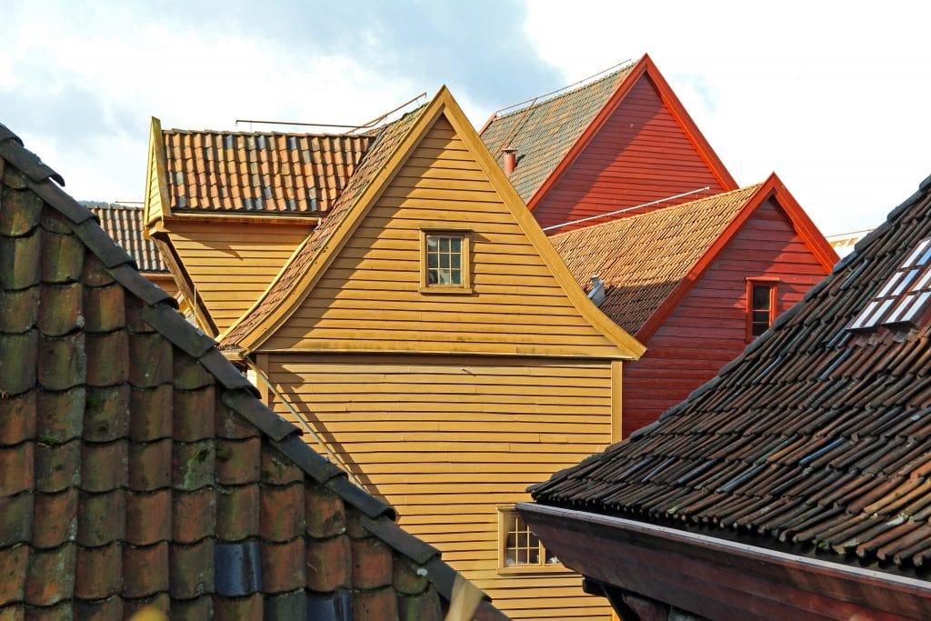 bryggen-rooftops-bergen