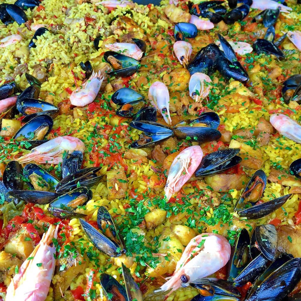 paella-fish-market-bergen