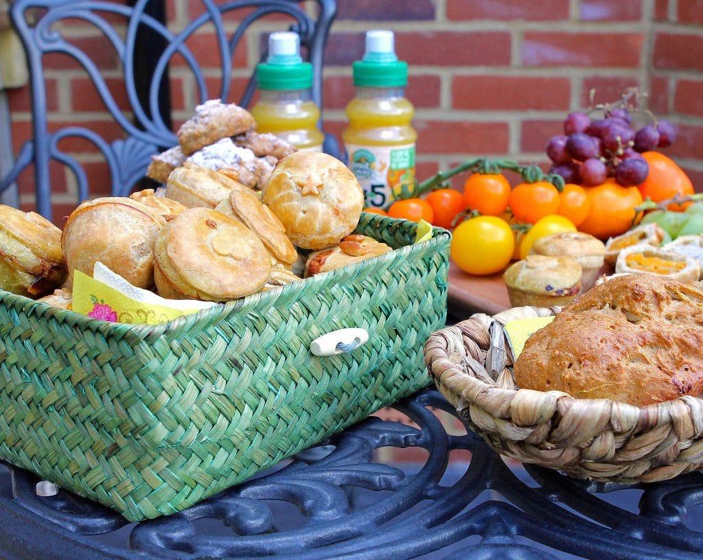 mini-picnic-pies