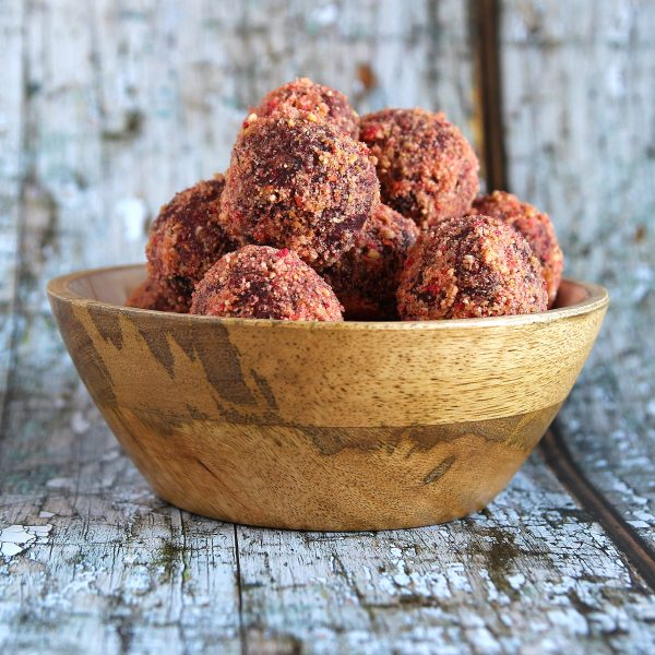 Berry Energy Balls – Supercharged Nutrition