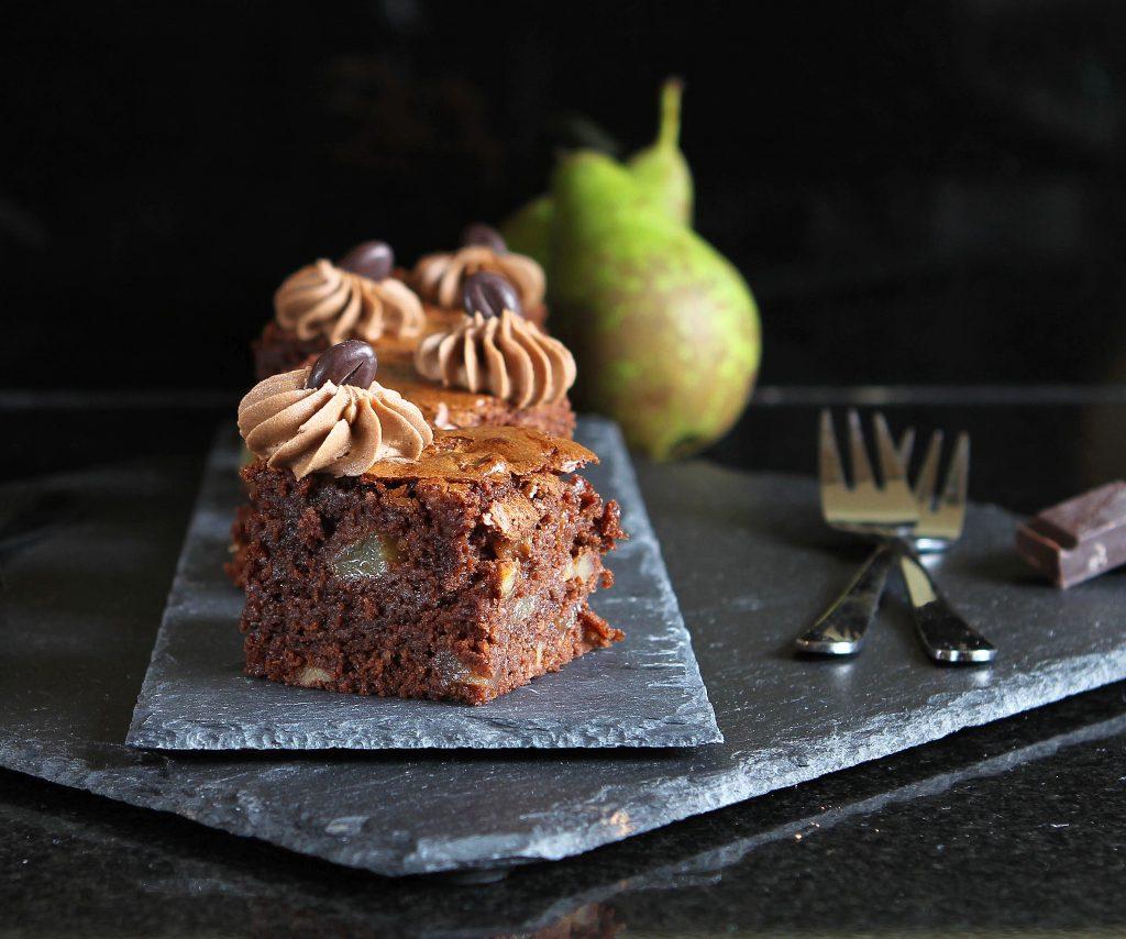 autumn-brownies-pear-walnut