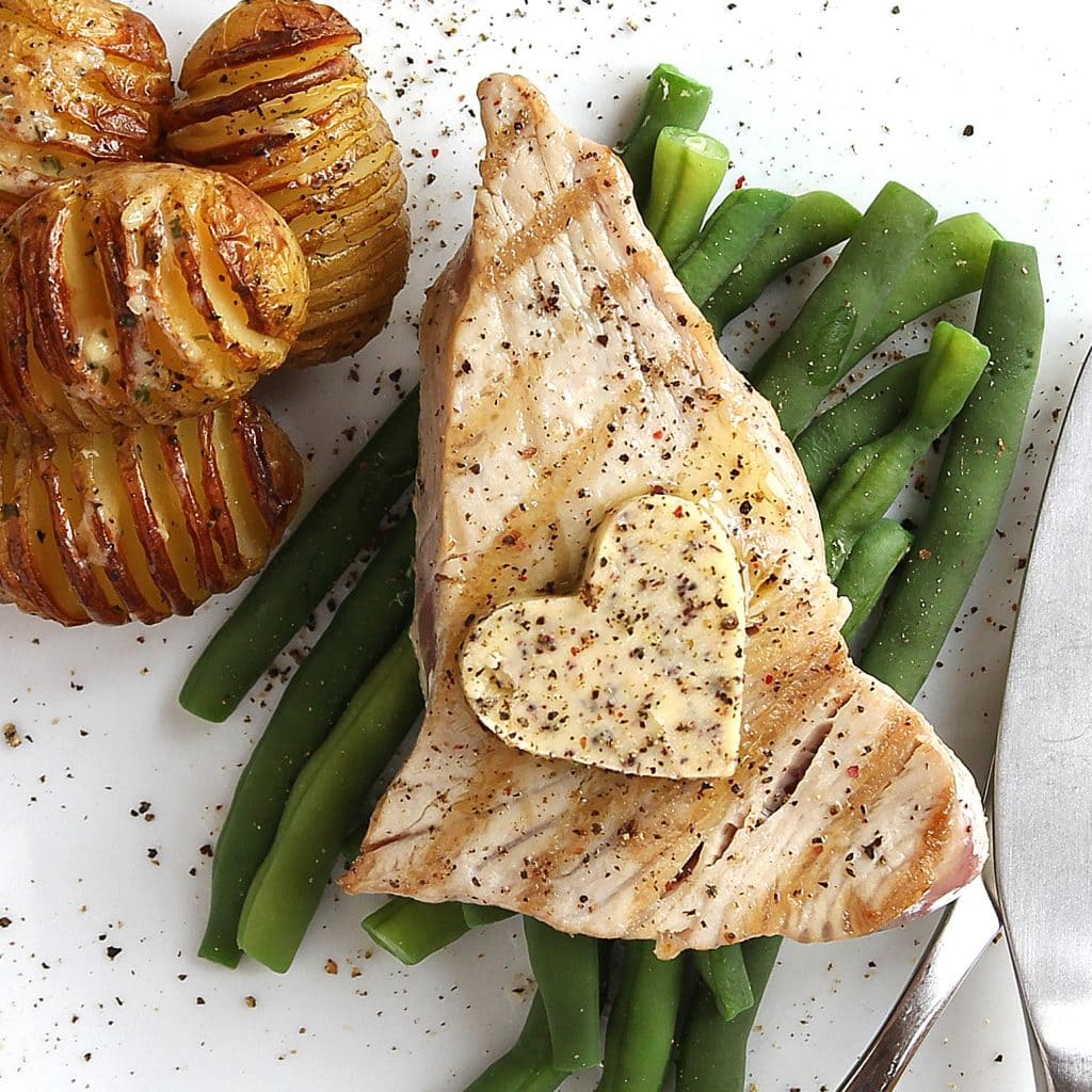 grilled-tuna-with-butter
