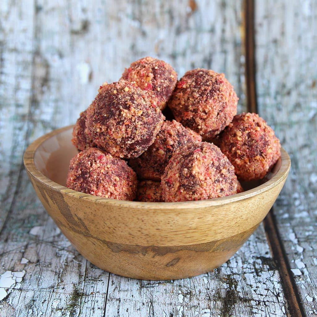 raspberry-bliss-balls