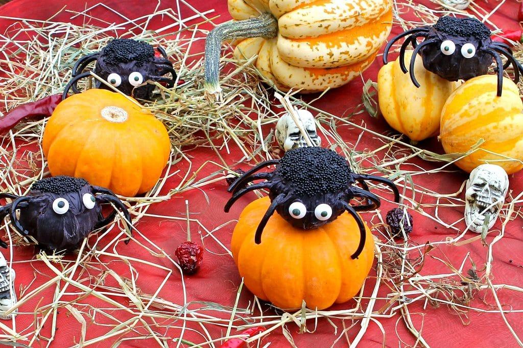 halloween-spider-cake-pops