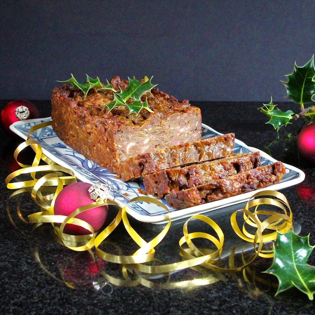 gingerbread-stuffing-loaf