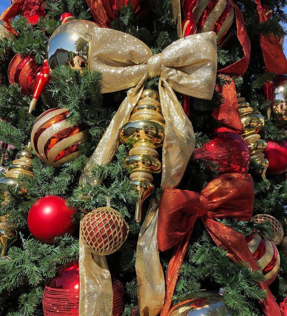 tree-decorations