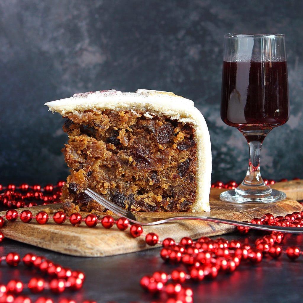 slice-christmas-fruit-cake-gluten-free