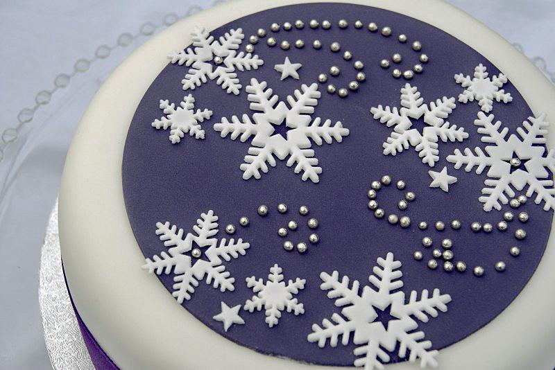purple-snowflakes-cake-pink-whisk