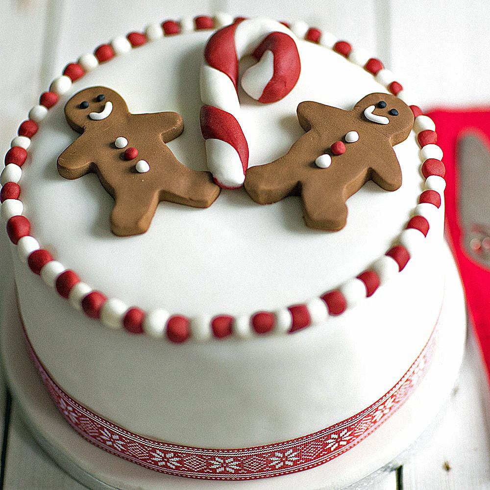 gingerbread-man-cake-baking-mad
