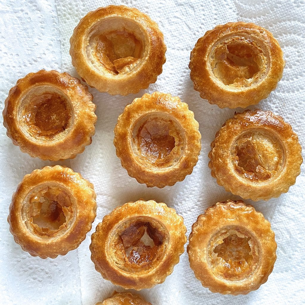 vol-au-vent-making-cooked