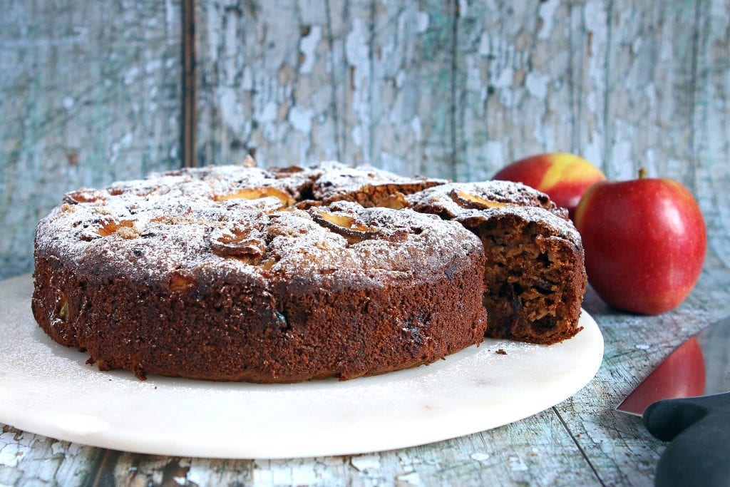 apple-cake-sliced