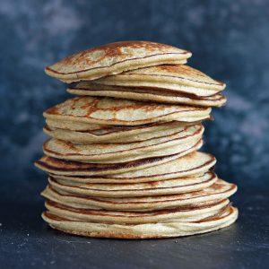 blender-pancakes-stack