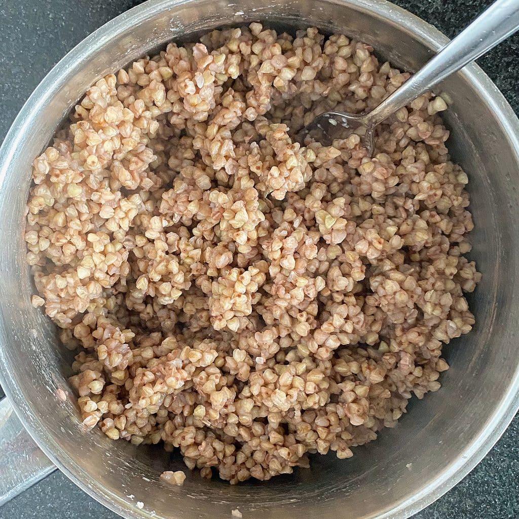 cooked-buckwheat-fluffed