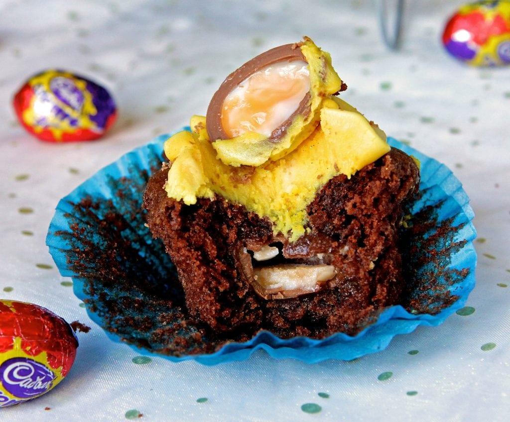 creme-egg-cupcake-bite