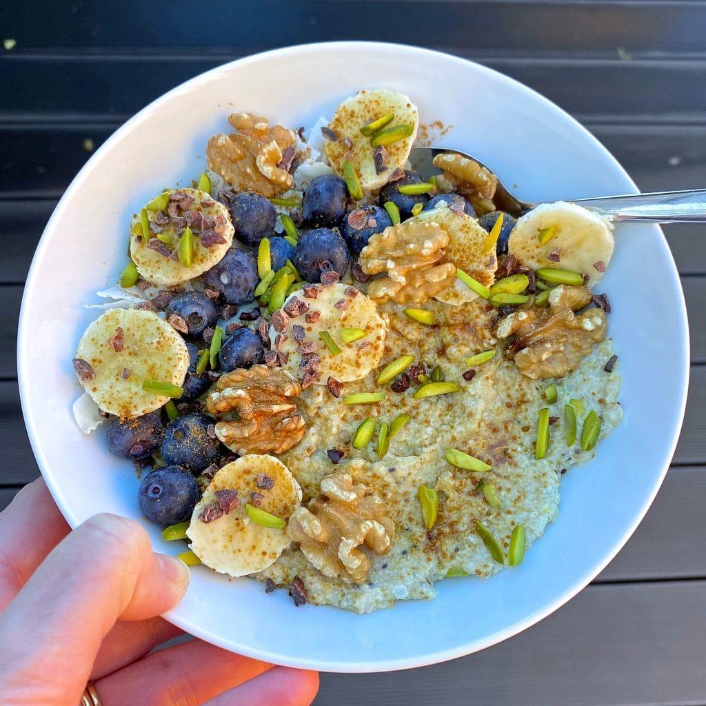 quinoa-flake-porridge-pistachio-purition-protein