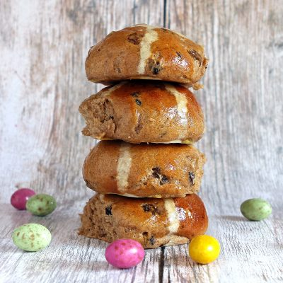 BEST Gluten Free Hot Cross Buns Recipe (traditional fruit)